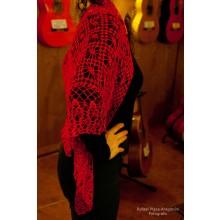 mantón rojo